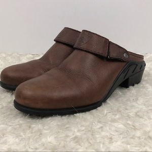 Ariat Women's ATS Sports Mule Size 7